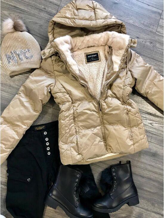 Egyedi téli kabát kapucnival  bd1bc0d323