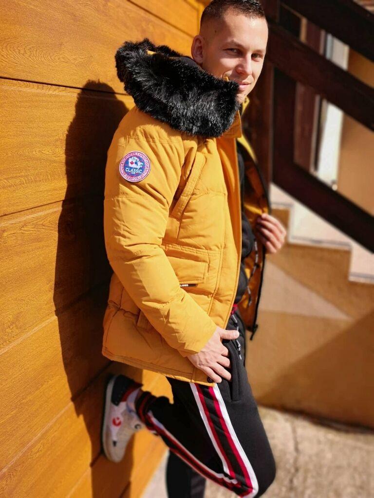 552e790485 Férfi télikabát levehető szőrmével | Starstyle.hu